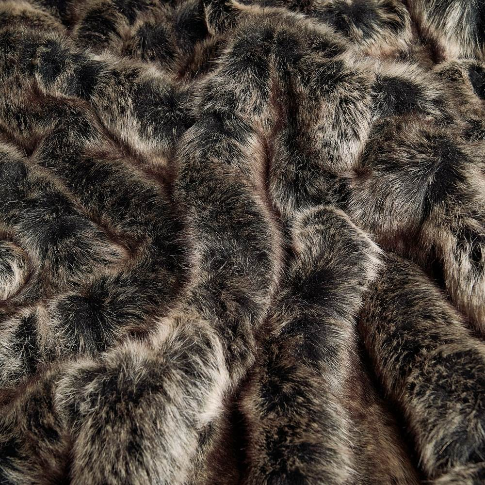 taiga wolf faux fur fabrics by the metre. Black Bedroom Furniture Sets. Home Design Ideas
